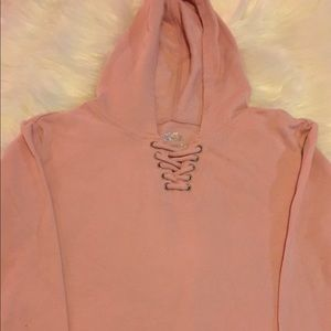 Justice Pullover Top